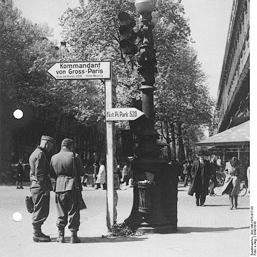 Besuch von Paris, mit Erinnerungen an die damalige deutsche Besatzungszeit