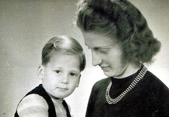 L et sa mère