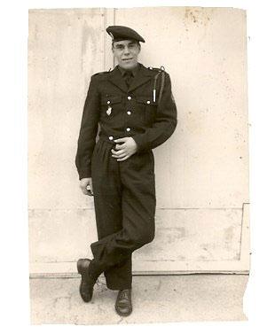 Guy, 19 Jahren, während seines Militärdienstes in Deutschland