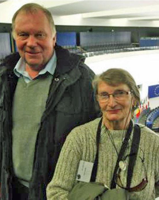 Heinrich und Nicole das Europäische Parlament.