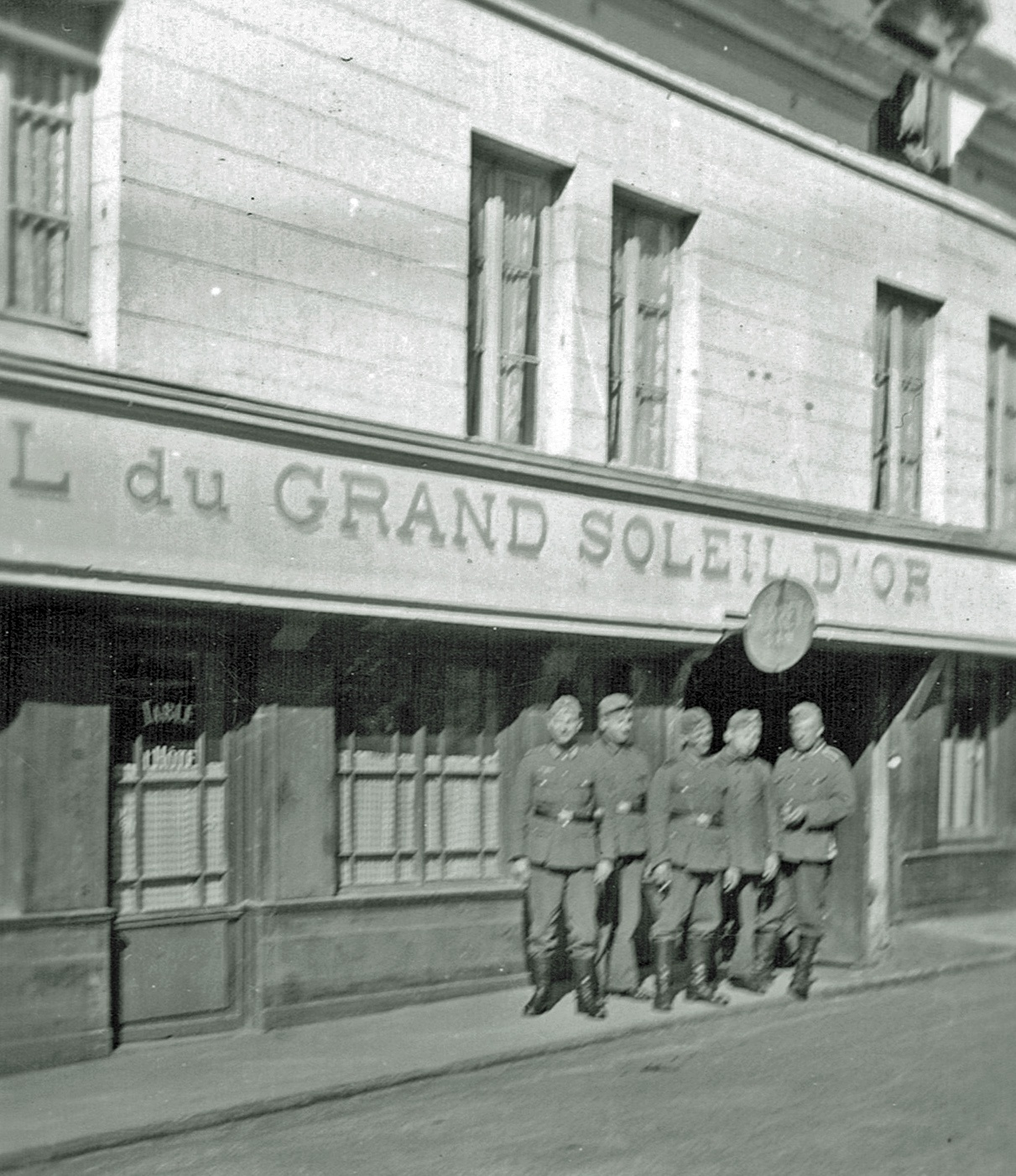13. Mai 1941 Pause Hotel du Grand Soleil D'Or - Montfort sur Risle